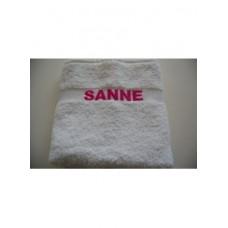 Handdoek geborduurd met naam